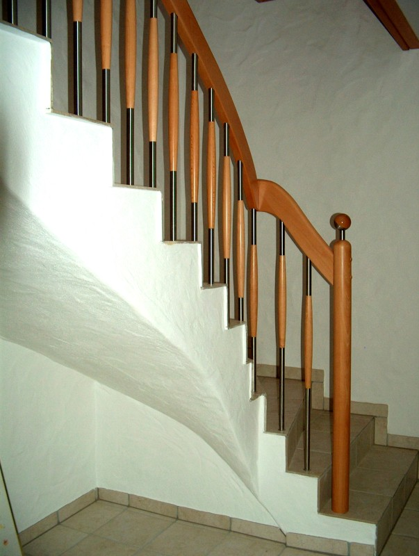 betontreppen betontreppen mit holz treppenbau becker. Black Bedroom Furniture Sets. Home Design Ideas